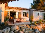 Charming 4 bedroom holiday home with private pool in Oppede (LUB110EE)