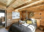 Luxury chalet located in Megeve in the Alps with 4 bedrooms and 4 bathrooms, jacuzzi and home cinema. (MEG104PS)