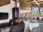 Beautiful ski chalet located in the Alps, 5 bedrooms and 5 bathrooms. Gym, sauna, outdoor pool, ski room and garage. (MEG105PS)