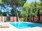 Beautiful and sunny architect designed house, located in a quiet residence in Montpellier with garden, private swimming pool and 4 bedrooms sleeping 8 (MONT134GN)