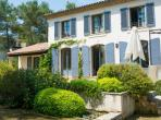 Stylish Provencal-Style Villa near Montpellier with Saltwater Pool. 5 bedrooms, sleeps 9 (MONT144GN)