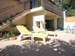 NEFF102J - French apartment Amandier - sleeps 8 - pool