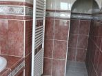 Villa. Nissan Lez Enserune. Languedoc. Property. Holiday Home. Bathroom.