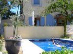 Stunning, Large, Well-Appointed House with Pool near Pezenas. 6 bedrooms, sleeps up to 12 (PEZ133J)