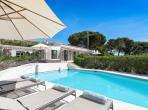 Immaculately styled villa, heated salt water pool, sleeps 10 (RAM123HR)