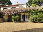 Lovely villa in a private domaine, 7 bedrooms, large private swimming pool and tennis court, sleeps 14 (RAM129HR)