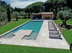 Family Villa 300m from Pampelonne Beach. Large Pool. 5 bedrooms, sleeps 10 (RAM133PV)