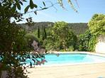 Stunning villa located in a very quiet, rural area, with a private swimming pool. Sleeps 10. (SAL102)