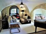 Luxurious converted chateau with beautiful views onto les Alpilles. 7 bedrooms, sleeps 14. (SRDP132YF)