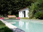 Delightful Villa in centre of St Tropez. Heated pool. 5 bedrooms, sleeps 9 (STPZ150D)