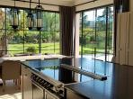 Luxury 6 bedroom villa within walking distance to St Tropez, private pool, air conditioning.  (STPZ183HR)