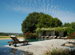 UZES110Q - Luxury 7 Bedroom Viila in Uzes with private pool and gym