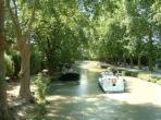 Canal du Midi south of france holiday rental valras plage beziers boat trip