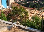 Elegant Villa with Exceptional Views Over Vence. Heated Saltwater Pool. 5 bedrooms, sleeps 10 (VENC117Q)