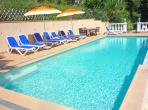 Spectacular apartment with heated pool on the Cote d Azur, sleeps 6 (VFSM104)