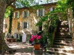 Beautiful 16th century home in Villeneuvette, surrounded by beautiful nature, a private pool and 6 bedroom. Sleeps up to 17. (VLN101)