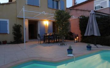 BAN103 - Villa in Bandol with swimming pool. Sleeps 8.