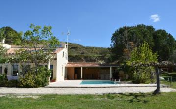 Family Villa near Pézenas with pool. Sleeps up to 12, 4 bedrooms. (BELA102GN)