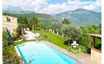 Amazing mountain views with private pool. Sleeps 6. 3 Bedrooms.  (BSL101OL)