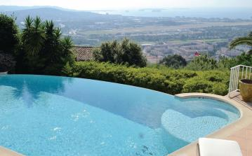 4 bedroom holiday home to sleep 8 near cannes cote dazur (CANNFCA536)