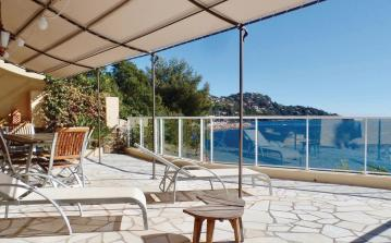 4 bedroom holiday home to sleep 9 near cannes cote dazur (CANNFCA696)