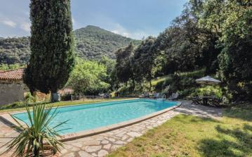 3 bedroom holiday home to sleep 6 near ceret languedoc roussillon (CERT66283)