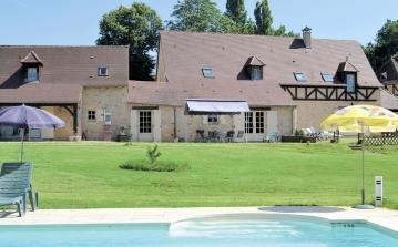 3 bedroom holiday home to sleep 8 near les eyzies de tayac dordogne and lot (EDETF24358)