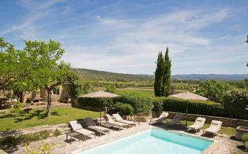 Luxury Villa Estate near Gordes and Luberon. Sleeps up to 20 people (GORD105EE)