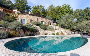 GRAS123 - Stunning 4 bedroom house with a private salt water swimming pool, located in quiet and picturesque Chateauneuf de Grasse. Sleeps 8.