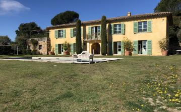 Luxury 5-bedroomed Villa in Grimaud. (GRIM132HR)