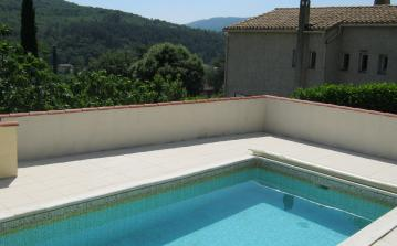 Quaint house with extra apartment and private pool, located in Lamalou. 4 bedrooms, sleeps 8. (LAM101)