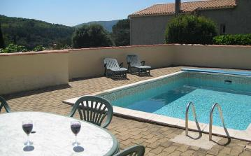 House with apartment and private pool, 4 bedrooms, sleeps 10 (LAM101)