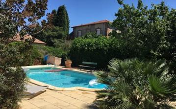 Welcoming Villa in Picturesque Languedoc Village. Private Pool. 3 bedrooms, sleeps 5 (LAUR114)