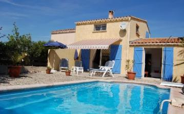 Villa. Marseillan. Languedoc. Property. Holiday Home. Swimming pool.