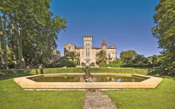 MONT104OL - Beautiful, luxury Chateau only 12km from Pézenas. Sleeps 14, 8 bedrooms