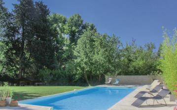 6 bedroom holiday home to sleep 12 near montelimar provence (MONTEPD257)