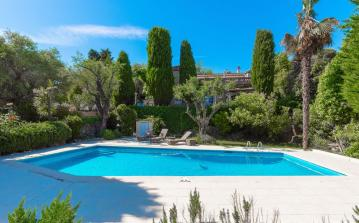 Lovely Villa near Mougins with Pool. 4 bedrooms, sleeps 8 (MOUG118)