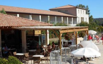 Family Apartment on Résidence with Large Pool, Bar etc. Sleeps up to 4 people. (OLON104)
