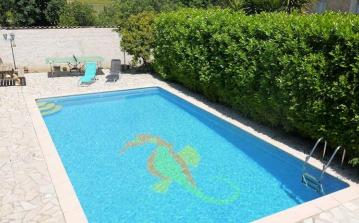Large villa in the South France with a private pool, sleeps 10 (PEZ144J)