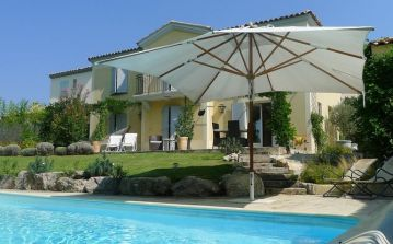 Villa with private pool, 3 bedrooms, garden (PONT103)