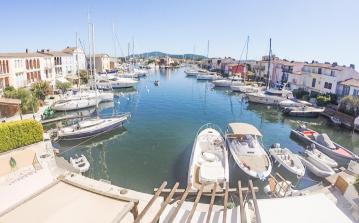 Four bedroom Fishermans House in the Port of Grimaud, to sleep 4 (PTGR120STT)