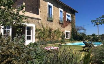 PUIL106 - Beautifully appointed holiday home, with a private swimming pool, garden and large Moroccan-inspired terrace. Sleeps 8.