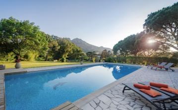 Luxury Villa with Superb Pool, Large Garden and Mountain Views. 5 bedrooms, sleeps 10-12. (RSA102)