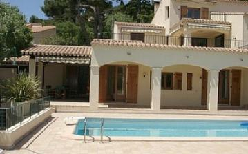 SETE103 - Charming Villa with shared pool in a quiet area facing the sea in Sete
