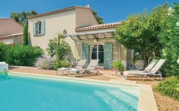 3 bedroom holiday home to sleep 6 near st remy de provence provence (SRDPF13166)