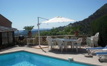 STJT101 - Villa in Saint Jeannet with a wonderful private swimming pool and fabulous views of the surroundings - sleeps 10