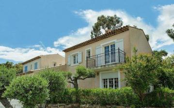 Prestige Villas on Residence near Sainte Maxime. Private Pool. 3 bedrooms, sleeps up to 8 (STMX134MV)