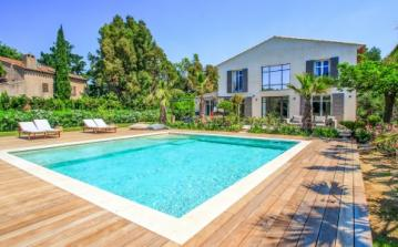 STPZ113D - 4 bedroomed villa with large private swimming pool and stunning grounds. Sleeps 8.
