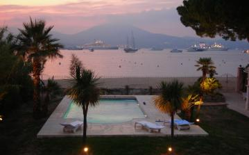 STPZ134D - Magnificent beach side villa with private pool in St. Tropez, sleeps 14.