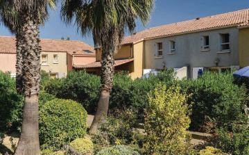 1 bedroom holiday home to sleep 5 near valras plage languedoc roussillon (VASFLH258)